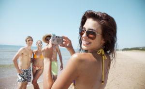 Während des Urlaubs landen schnell unzählige Fotos auf der Speicherkarte, welche Sie in einem Fotobuch präsentieren können.