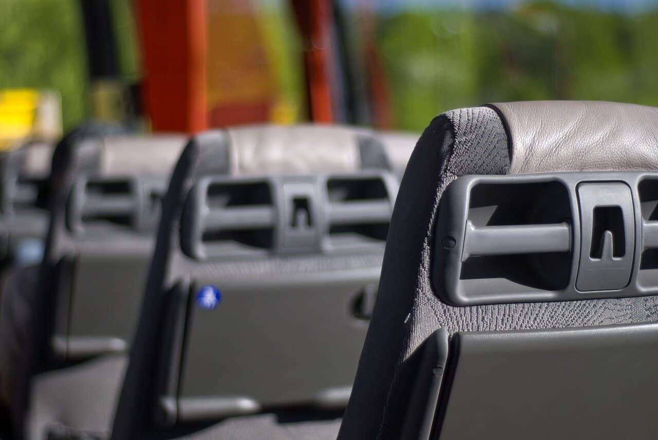 Eine attraktive Reisealternative: Der Fernbus