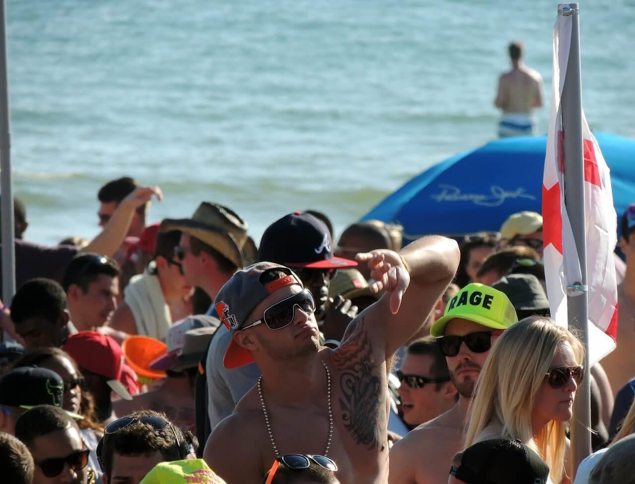 Urlaub machen, wo das Leben tobt – die 10 besten Partydomizile der Welt